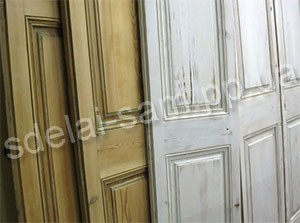 How to paint a wooden door with varnish