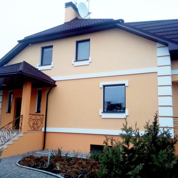 Features of warming the facade of a residential house